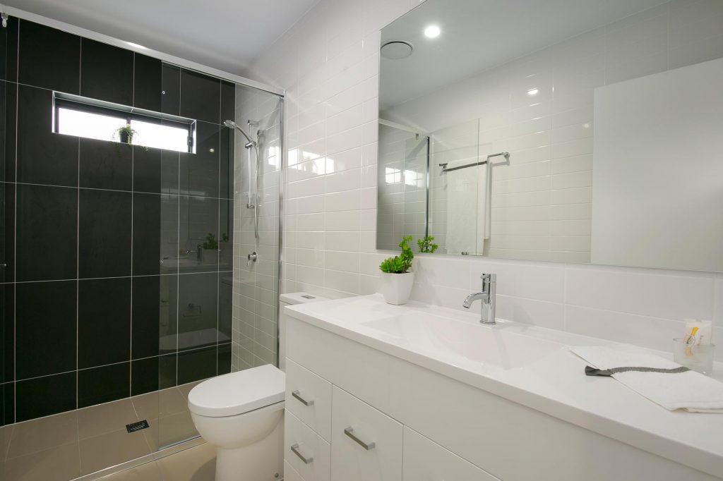Bathroom & ensuite at 56 Hood St, Sherwood