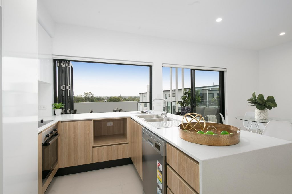 56 Hood St | kitchen and dining